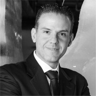 https://congreso.merca20.com/wp-content/uploads/2015/12/Luis-Lazcano-320x320.jpg