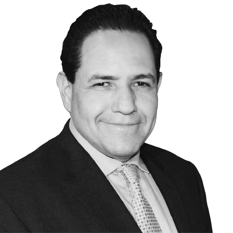 http://congreso.merca20.com/wp-content/uploads/2015/12/Victor-Estrada.jpg