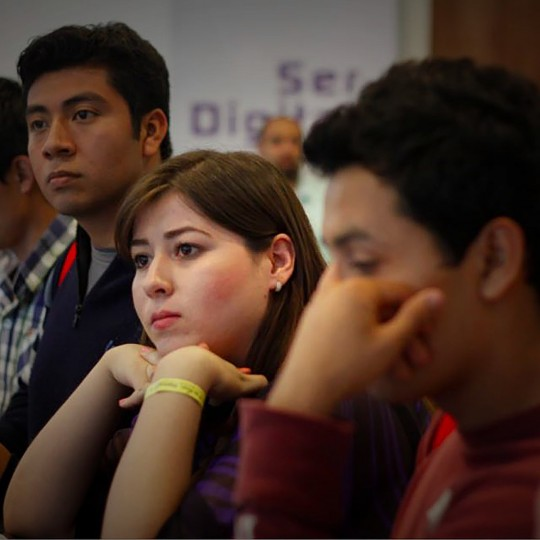 http://congreso.merca20.com/wp-content/uploads/2015/12/asistentes-concentrados-540x540.jpeg