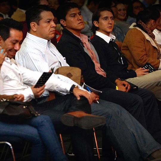 http://congreso.merca20.com/wp-content/uploads/2015/12/asistentes-congreso-nacional-de-marketing-merca2-540x540.jpeg